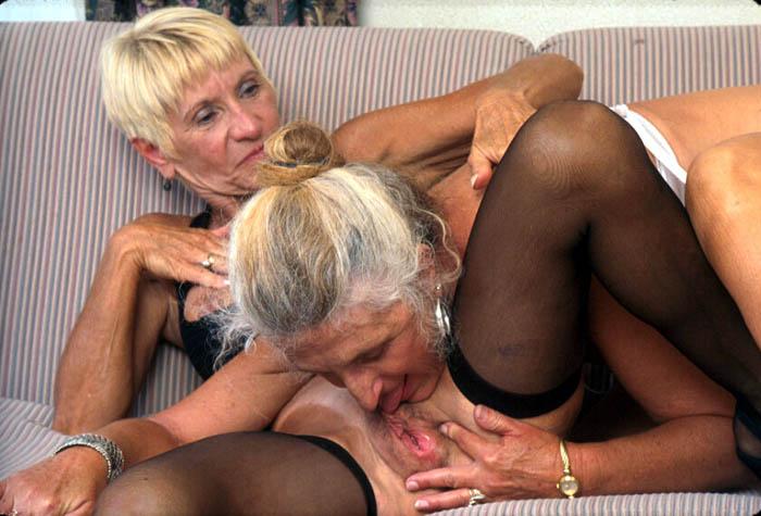 Фото бабушки лесбиян